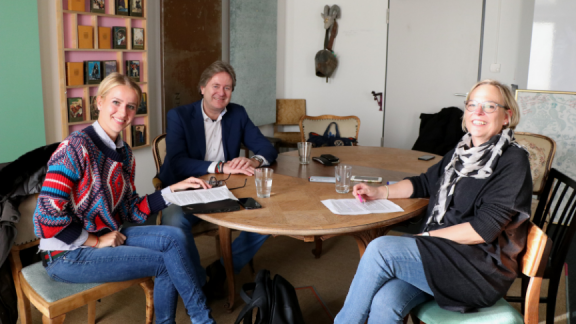 Delila Taranin, Frank Behrendt and Ingrid Blessing meet at Detecon's headquarter in Cologne
